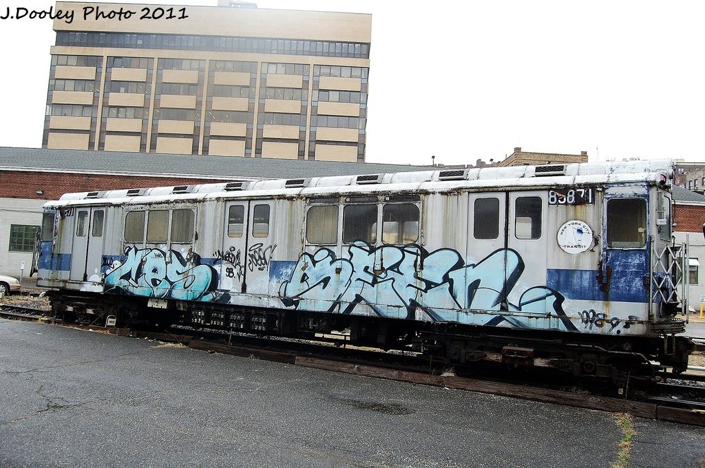 (385k, 1024x680)<br><b>Country:</b> United States<br><b>City:</b> New York<br><b>System:</b> New York City Transit<br><b>Location:</b> 207th Street Yard<br><b>Car:</b> R-14 (American Car & Foundry, 1949) 5871 <br><b>Photo by:</b> John Dooley<br><b>Date:</b> 11/29/2011<br><b>Viewed (this week/total):</b> 3 / 634