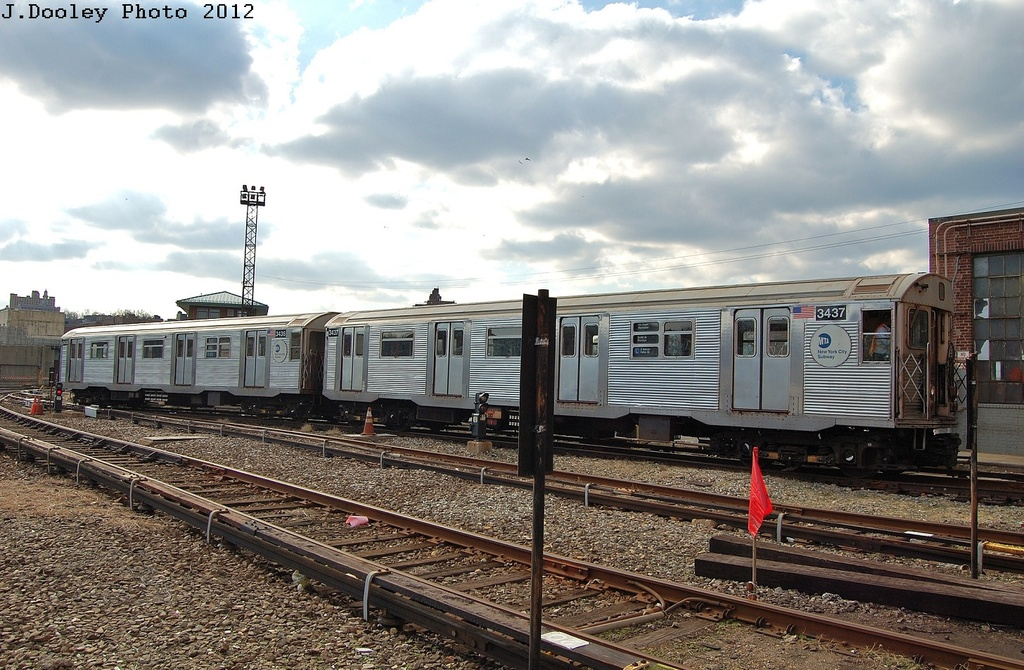 (348k, 1024x670)<br><b>Country:</b> United States<br><b>City:</b> New York<br><b>System:</b> New York City Transit<br><b>Location:</b> 207th Street Yard<br><b>Car:</b> R-32 (Budd, 1964)  3437-3436 <br><b>Photo by:</b> John Dooley<br><b>Date:</b> 2/1/2012<br><b>Viewed (this week/total):</b> 1 / 277