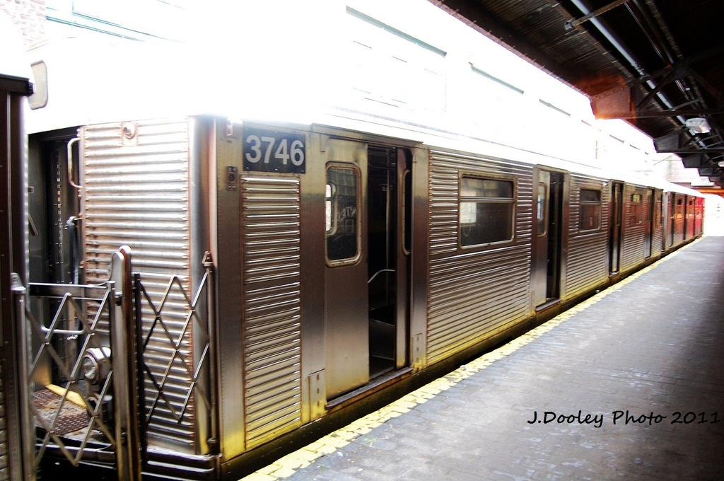 (330k, 1024x680)<br><b>Country:</b> United States<br><b>City:</b> New York<br><b>System:</b> New York City Transit<br><b>Location:</b> 207th Street Yard<br><b>Car:</b> R-32 (Budd, 1964)  3746 <br><b>Photo by:</b> John Dooley<br><b>Date:</b> 11/29/2011<br><b>Viewed (this week/total):</b> 0 / 167