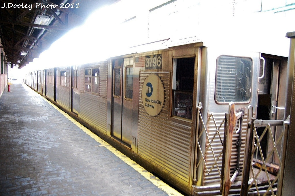 (322k, 1024x680)<br><b>Country:</b> United States<br><b>City:</b> New York<br><b>System:</b> New York City Transit<br><b>Location:</b> 207th Street Yard<br><b>Car:</b> R-32 (Budd, 1964)  3796 <br><b>Photo by:</b> John Dooley<br><b>Date:</b> 11/29/2011<br><b>Viewed (this week/total):</b> 0 / 236