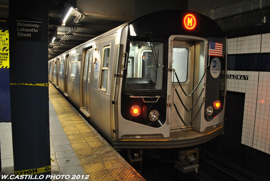 (288k, 1024x687)<br><b>Country:</b> United States<br><b>City:</b> New York<br><b>System:</b> New York City Transit<br><b>Line:</b> IND 6th Avenue Line<br><b>Location:</b> Broadway/Lafayette <br><b>Route:</b> M<br><b>Car:</b> R-160A-1 (Alstom, 2005-2008, 4 car sets)  8648 <br><b>Photo by:</b> Wilfredo Castillo<br><b>Date:</b> 5/15/2012<br><b>Viewed (this week/total):</b> 2 / 306