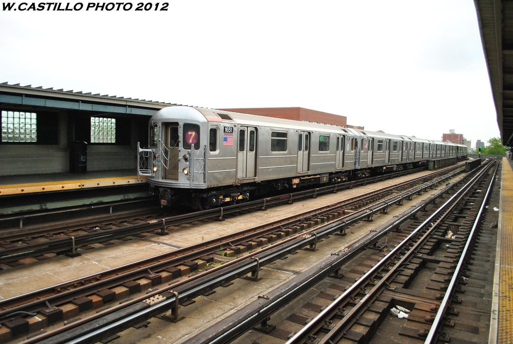 (292k, 1024x687)<br><b>Country:</b> United States<br><b>City:</b> New York<br><b>System:</b> New York City Transit<br><b>Line:</b> IRT Flushing Line<br><b>Location:</b> 46th Street/Bliss Street <br><b>Route:</b> 7<br><b>Car:</b> R-62A (Bombardier, 1984-1987)  1651 <br><b>Photo by:</b> Wilfredo Castillo<br><b>Date:</b> 5/14/2012<br><b>Viewed (this week/total):</b> 0 / 786
