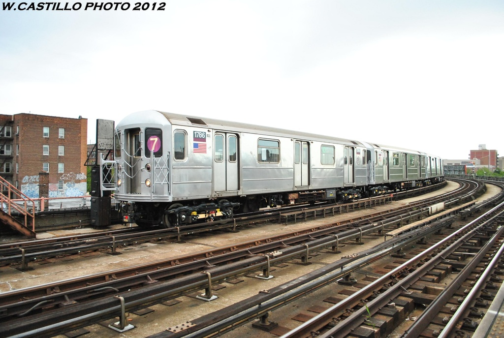 (286k, 1024x687)<br><b>Country:</b> United States<br><b>City:</b> New York<br><b>System:</b> New York City Transit<br><b>Line:</b> IRT Flushing Line<br><b>Location:</b> 46th Street/Bliss Street <br><b>Route:</b> 7<br><b>Car:</b> R-62A (Bombardier, 1984-1987)  1786 <br><b>Photo by:</b> Wilfredo Castillo<br><b>Date:</b> 5/14/2012<br><b>Viewed (this week/total):</b> 3 / 563