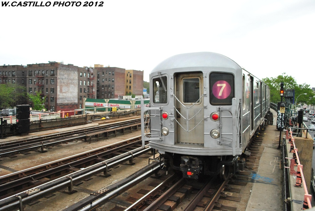 (275k, 1024x687)<br><b>Country:</b> United States<br><b>City:</b> New York<br><b>System:</b> New York City Transit<br><b>Line:</b> IRT Flushing Line<br><b>Location:</b> 46th Street/Bliss Street <br><b>Route:</b> 7<br><b>Car:</b> R-62A (Bombardier, 1984-1987)  2012 <br><b>Photo by:</b> Wilfredo Castillo<br><b>Date:</b> 5/14/2012<br><b>Viewed (this week/total):</b> 2 / 335