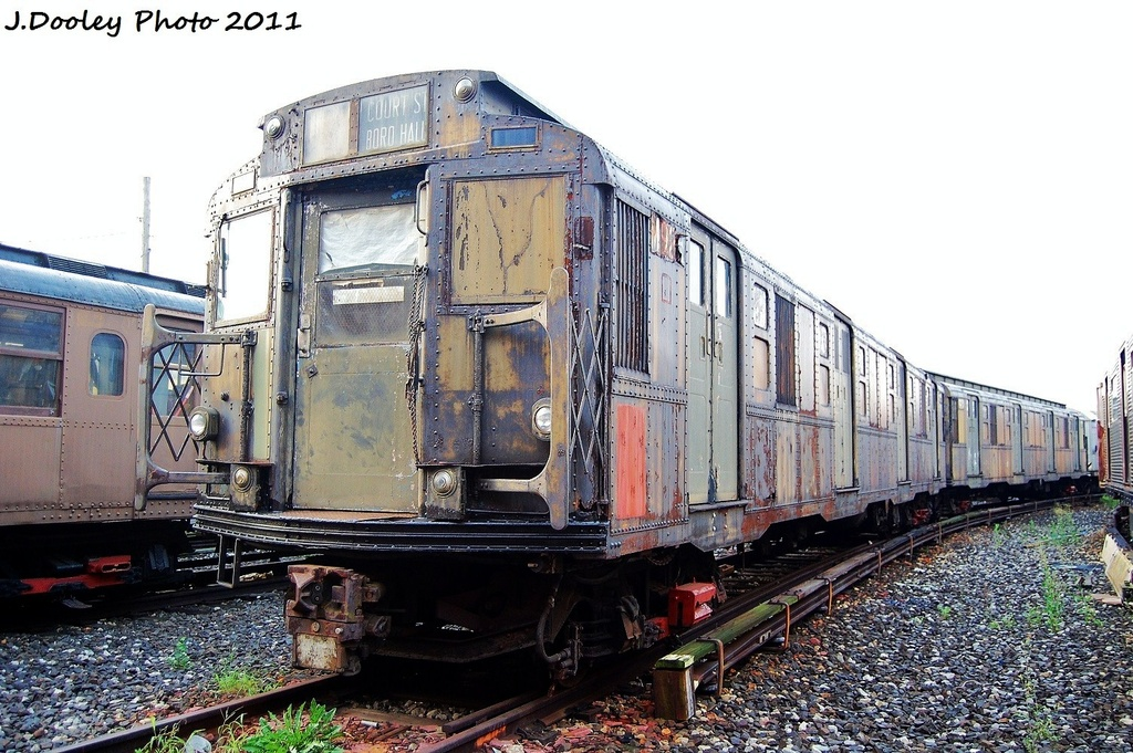 (363k, 1024x681)<br><b>Country:</b> United States<br><b>City:</b> New York<br><b>System:</b> New York City Transit<br><b>Location:</b> Coney Island Yard-Museum Yard<br><b>Car:</b> R-6-3 (American Car & Foundry, 1935)  925 <br><b>Photo by:</b> John Dooley<br><b>Date:</b> 8/26/2011<br><b>Viewed (this week/total):</b> 15 / 1193