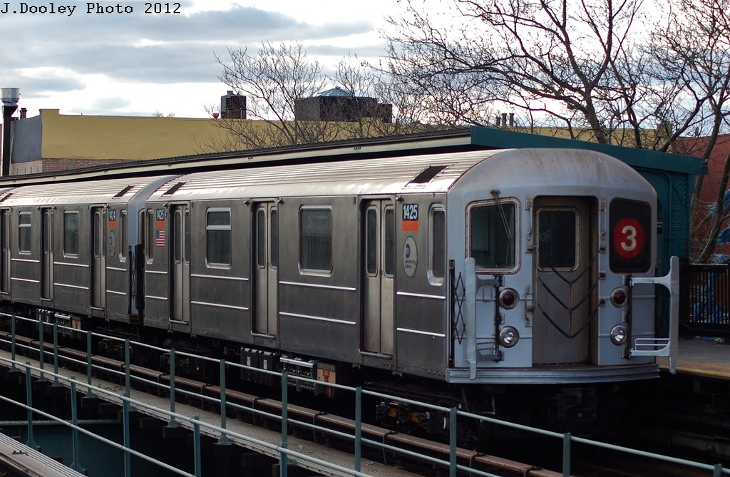 (348k, 1024x669)<br><b>Country:</b> United States<br><b>City:</b> New York<br><b>System:</b> New York City Transit<br><b>Line:</b> IRT Brooklyn Line<br><b>Location:</b> Rockaway Avenue <br><b>Route:</b> 3<br><b>Car:</b> R-62 (Kawasaki, 1983-1985)  1425 <br><b>Photo by:</b> John Dooley<br><b>Date:</b> 3/29/2012<br><b>Viewed (this week/total):</b> 2 / 838