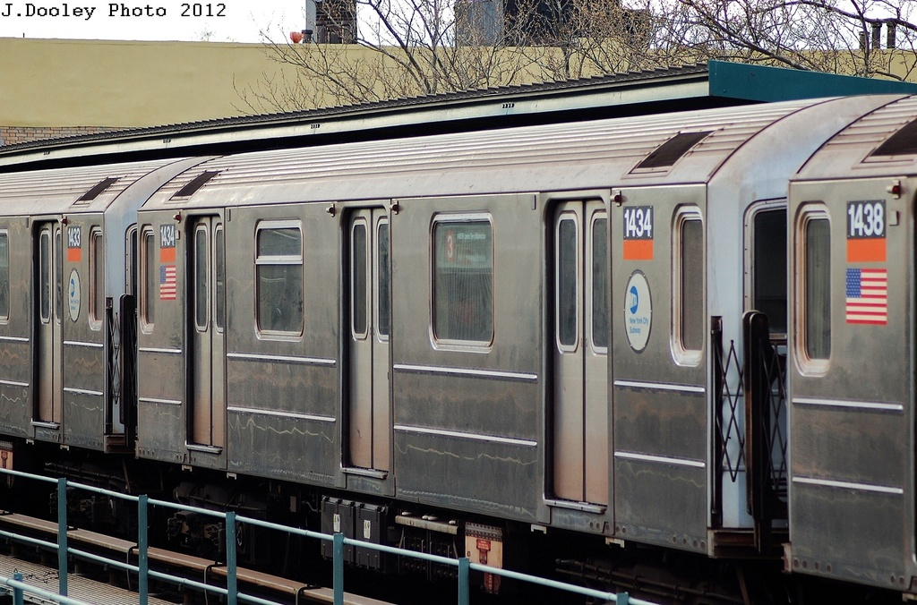 (352k, 1024x676)<br><b>Country:</b> United States<br><b>City:</b> New York<br><b>System:</b> New York City Transit<br><b>Line:</b> IRT Brooklyn Line<br><b>Location:</b> Saratoga Avenue <br><b>Route:</b> 3<br><b>Car:</b> R-62 (Kawasaki, 1983-1985)  1434 <br><b>Photo by:</b> John Dooley<br><b>Date:</b> 3/29/2012<br><b>Viewed (this week/total):</b> 2 / 161