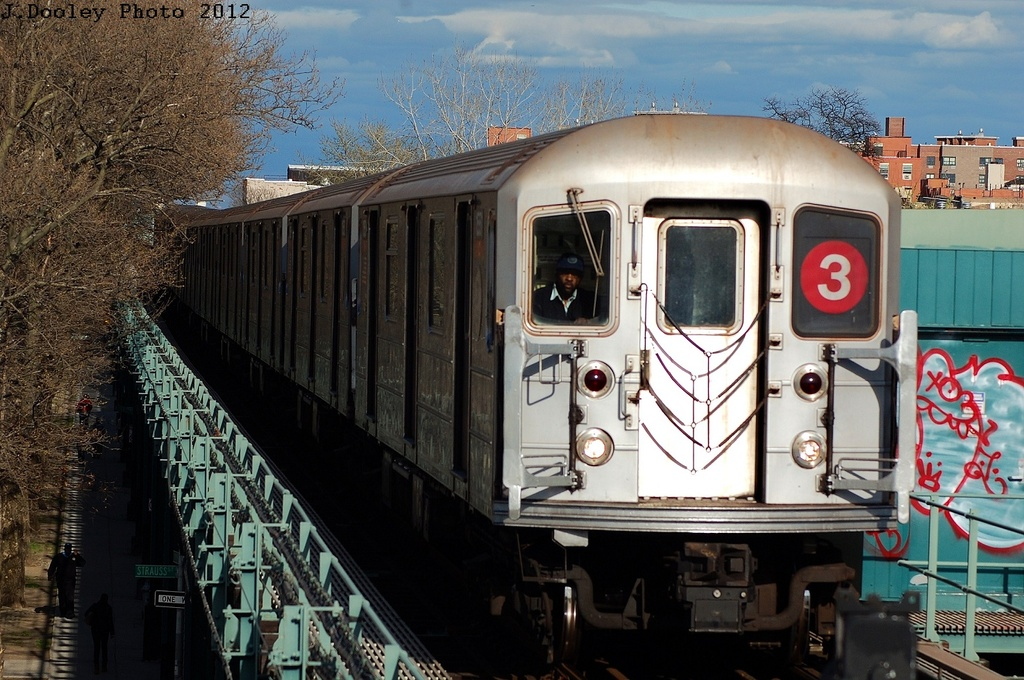 (352k, 1024x680)<br><b>Country:</b> United States<br><b>City:</b> New York<br><b>System:</b> New York City Transit<br><b>Line:</b> IRT Brooklyn Line<br><b>Location:</b> Saratoga Avenue <br><b>Route:</b> 3<br><b>Car:</b> R-62 (Kawasaki, 1983-1985)  1551 <br><b>Photo by:</b> John Dooley<br><b>Date:</b> 3/29/2012<br><b>Viewed (this week/total):</b> 1 / 156