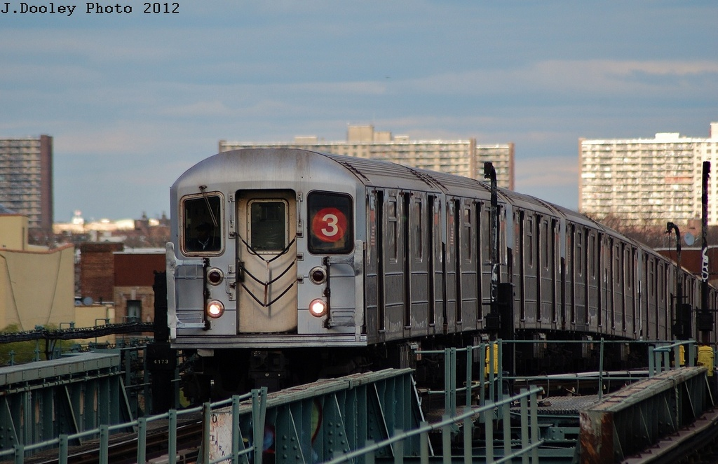 (280k, 1024x663)<br><b>Country:</b> United States<br><b>City:</b> New York<br><b>System:</b> New York City Transit<br><b>Line:</b> IRT Brooklyn Line<br><b>Location:</b> Junius Street <br><b>Route:</b> 3<br><b>Car:</b> R-62 (Kawasaki, 1983-1985)  1605 <br><b>Photo by:</b> John Dooley<br><b>Date:</b> 3/29/2012<br><b>Viewed (this week/total):</b> 0 / 226