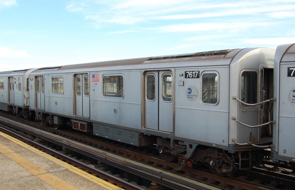 (246k, 1024x660)<br><b>Country:</b> United States<br><b>City:</b> New York<br><b>System:</b> New York City Transit<br><b>Line:</b> IRT Pelham Line<br><b>Location:</b> Castle Hill Avenue <br><b>Route:</b> 6<br><b>Car:</b> R-142A (Option Order, Kawasaki, 2002-2003)  7617 <br><b>Photo by:</b> John Dooley<br><b>Date:</b> 2/22/2012<br><b>Viewed (this week/total):</b> 1 / 446