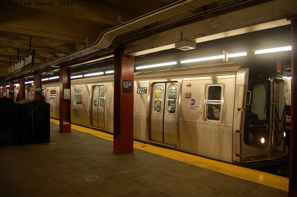 (299k, 1024x680)<br><b>Country:</b> United States<br><b>City:</b> New York<br><b>System:</b> New York City Transit<br><b>Line:</b> IND 6th Avenue Line<br><b>Location:</b> 47-50th Street/Rockefeller Center <br><b>Route:</b> E reroute<br><b>Car:</b> R-160B (Option 1) (Kawasaki, 2008-2009)  9227 <br><b>Photo by:</b> John Dooley<br><b>Date:</b> 3/12/2012<br><b>Viewed (this week/total):</b> 4 / 341