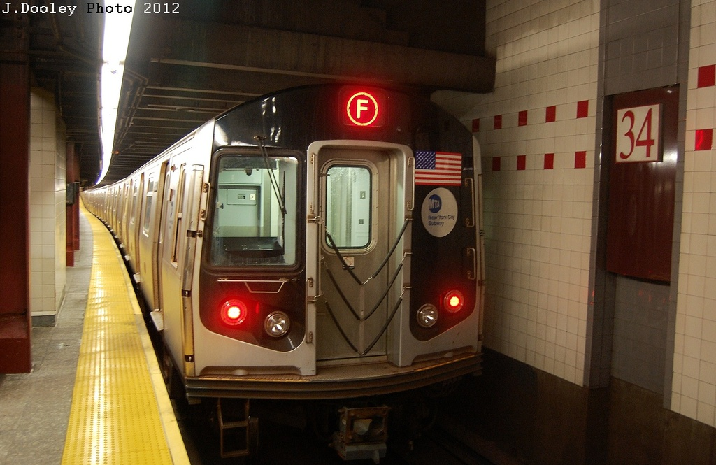 (283k, 1024x665)<br><b>Country:</b> United States<br><b>City:</b> New York<br><b>System:</b> New York City Transit<br><b>Line:</b> IND 6th Avenue Line<br><b>Location:</b> 34th Street/Herald Square <br><b>Route:</b> F<br><b>Car:</b> R-160A/R-160B Series (Number Unknown)  <br><b>Photo by:</b> John Dooley<br><b>Date:</b> 3/12/2012<br><b>Viewed (this week/total):</b> 11 / 1193