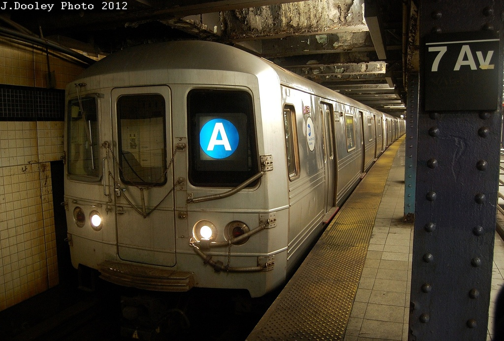 (333k, 1024x693)<br><b>Country:</b> United States<br><b>City:</b> New York<br><b>System:</b> New York City Transit<br><b>Line:</b> IND Queens Boulevard Line<br><b>Location:</b> 7th Avenue/53rd Street <br><b>Route:</b> A reroute<br><b>Car:</b> R-46 (Pullman-Standard, 1974-75) 6038 <br><b>Photo by:</b> John Dooley<br><b>Date:</b> 3/12/2012<br><b>Viewed (this week/total):</b> 2 / 226