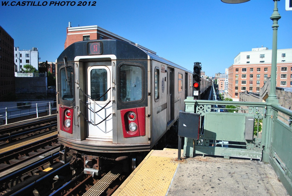 (338k, 1024x687)<br><b>Country:</b> United States<br><b>City:</b> New York<br><b>System:</b> New York City Transit<br><b>Line:</b> IRT White Plains Road Line<br><b>Location:</b> Prospect Avenue <br><b>Route:</b> 5<br><b>Car:</b> R-142 (Primary Order, Bombardier, 1999-2002)  6700 <br><b>Photo by:</b> Wilfredo Castillo<br><b>Date:</b> 5/19/2012<br><b>Viewed (this week/total):</b> 1 / 296