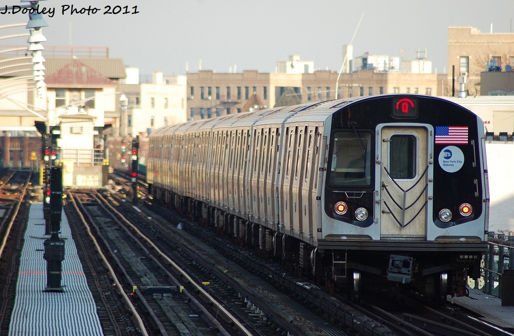 (320k, 1024x671)<br><b>Country:</b> United States<br><b>City:</b> New York<br><b>System:</b> New York City Transit<br><b>Line:</b> BMT Brighton Line<br><b>Location:</b> Ocean Parkway <br><b>Route:</b> Q<br><b>Car:</b> R-160A/R-160B Series (Number Unknown)  <br><b>Photo by:</b> John Dooley<br><b>Date:</b> 12/31/2011<br><b>Viewed (this week/total):</b> 2 / 224