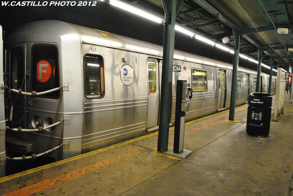 (296k, 1024x687)<br><b>Country:</b> United States<br><b>City:</b> New York<br><b>System:</b> New York City Transit<br><b>Line:</b> IND Fulton Street Line<br><b>Location:</b> Lefferts Boulevard <br><b>Route:</b> A wrong sign<br><b>Car:</b> R-46 (Pullman-Standard, 1974-75) 6244 <br><b>Photo by:</b> Wilfredo Castillo<br><b>Date:</b> 5/25/2012<br><b>Viewed (this week/total):</b> 2 / 867