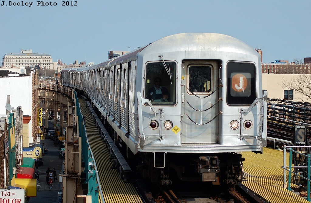 (344k, 1024x670)<br><b>Country:</b> United States<br><b>City:</b> New York<br><b>System:</b> New York City Transit<br><b>Line:</b> BMT Nassau Street/Jamaica Line<br><b>Location:</b> 121st Street <br><b>Route:</b> J<br><b>Car:</b> R-42 (St. Louis, 1969-1970)   <br><b>Photo by:</b> John Dooley<br><b>Date:</b> 3/23/2012<br><b>Viewed (this week/total):</b> 2 / 329