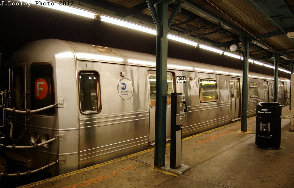 (308k, 1024x655)<br><b>Country:</b> United States<br><b>City:</b> New York<br><b>System:</b> New York City Transit<br><b>Line:</b> IND Fulton Street Line<br><b>Location:</b> Lefferts Boulevard <br><b>Route:</b> S<br><b>Car:</b> R-46 (Pullman-Standard, 1974-75) 6244 <br><b>Photo by:</b> John Dooley<br><b>Date:</b> 5/25/2012<br><b>Viewed (this week/total):</b> 1 / 506