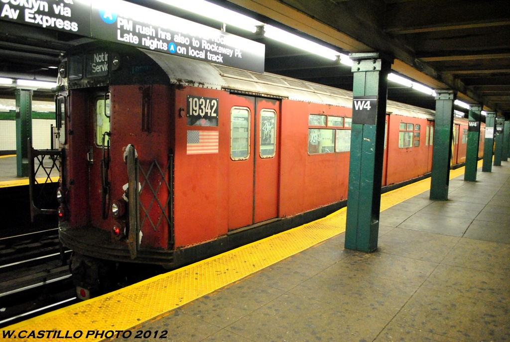 (275k, 1024x687)<br><b>Country:</b> United States<br><b>City:</b> New York<br><b>System:</b> New York City Transit<br><b>Line:</b> IND 8th Avenue Line<br><b>Location:</b> West 4th Street/Washington Square <br><b>Route:</b> Work Service<br><b>Car:</b> R-33 World's Fair (St. Louis, 1963-64) 9342 <br><b>Photo by:</b> Wilfredo Castillo<br><b>Date:</b> 6/6/2012<br><b>Viewed (this week/total):</b> 0 / 211