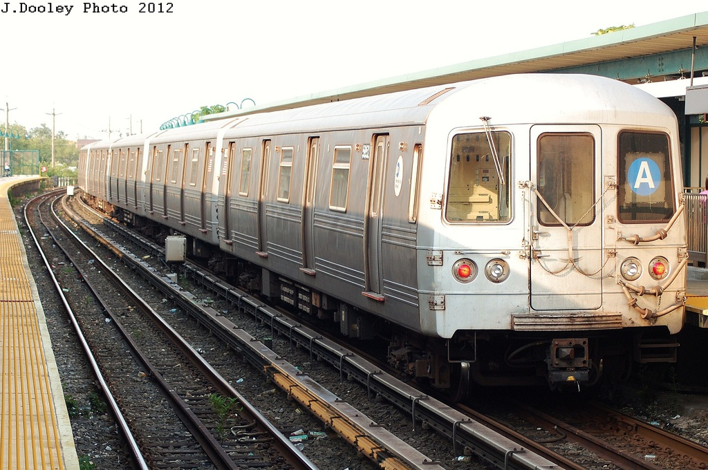 (347k, 1024x680)<br><b>Country:</b> United States<br><b>City:</b> New York<br><b>System:</b> New York City Transit<br><b>Line:</b> IND Rockaway<br><b>Location:</b> Beach 25th Street/Wavecrest <br><b>Route:</b> A<br><b>Car:</b> R-46 (Pullman-Standard, 1974-75) 5676 <br><b>Photo by:</b> John Dooley<br><b>Date:</b> 7/26/2012<br><b>Viewed (this week/total):</b> 5 / 753