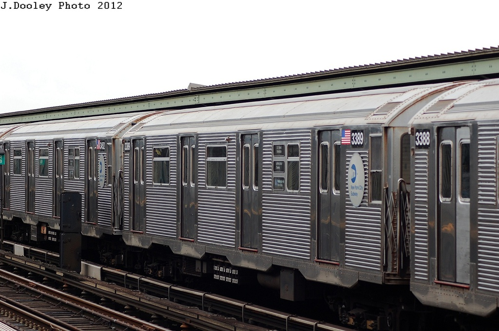 (308k, 1024x680)<br><b>Country:</b> United States<br><b>City:</b> New York<br><b>System:</b> New York City Transit<br><b>Line:</b> IND Fulton Street Line<br><b>Location:</b> 111th Street/Greenwood Avenue <br><b>Route:</b> A<br><b>Car:</b> R-32 (Budd, 1964)  3389 <br><b>Photo by:</b> John Dooley<br><b>Date:</b> 5/30/2012<br><b>Viewed (this week/total):</b> 2 / 151