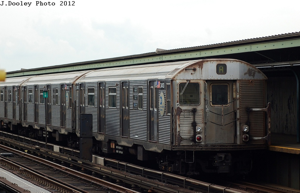 (300k, 1024x660)<br><b>Country:</b> United States<br><b>City:</b> New York<br><b>System:</b> New York City Transit<br><b>Line:</b> IND Fulton Street Line<br><b>Location:</b> 111th Street/Greenwood Avenue <br><b>Route:</b> A<br><b>Car:</b> R-32 (Budd, 1964)  3410 <br><b>Photo by:</b> John Dooley<br><b>Date:</b> 5/30/2012<br><b>Viewed (this week/total):</b> 3 / 858