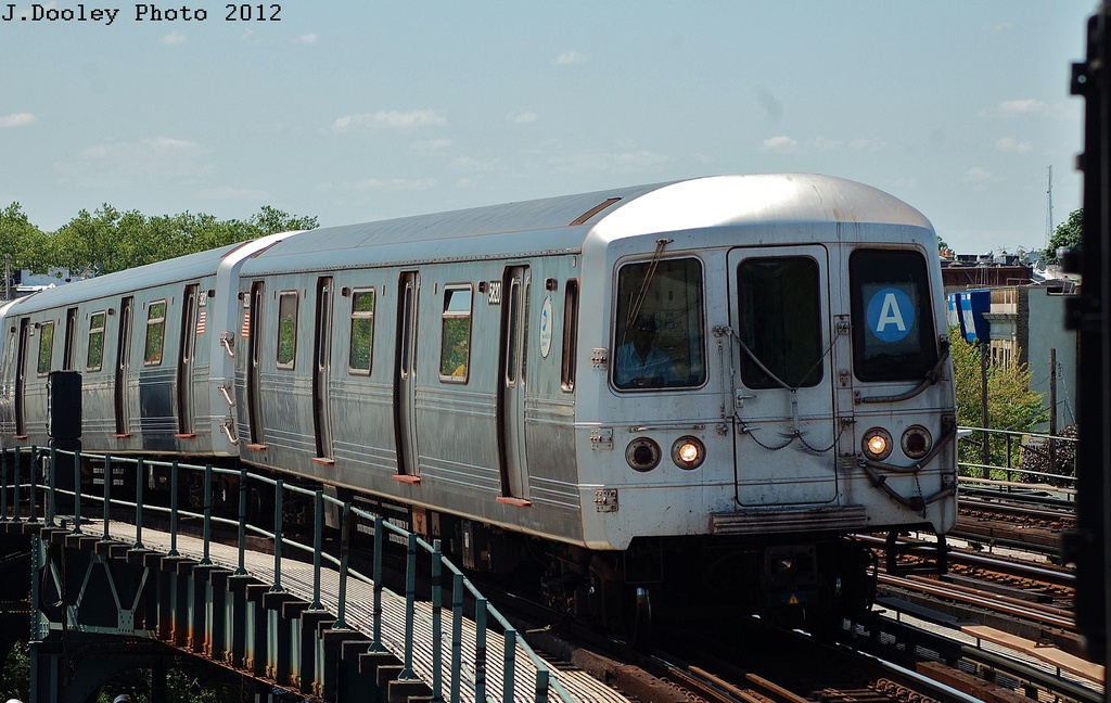 (317k, 1024x648)<br><b>Country:</b> United States<br><b>City:</b> New York<br><b>System:</b> New York City Transit<br><b>Line:</b> IND Fulton Street Line<br><b>Location:</b> 80th Street/Hudson Street <br><b>Route:</b> A<br><b>Car:</b> R-46 (Pullman-Standard, 1974-75) 5820 <br><b>Photo by:</b> John Dooley<br><b>Date:</b> 5/31/2012<br><b>Viewed (this week/total):</b> 2 / 200