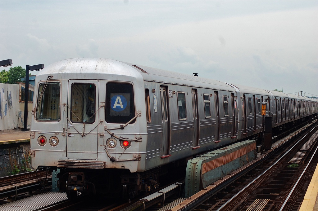 (293k, 1024x681)<br><b>Country:</b> United States<br><b>City:</b> New York<br><b>System:</b> New York City Transit<br><b>Line:</b> IND Fulton Street Line<br><b>Location:</b> 80th Street/Hudson Street <br><b>Route:</b> A<br><b>Car:</b> R-46 (Pullman-Standard, 1974-75) 6098 <br><b>Photo by:</b> John Dooley<br><b>Date:</b> 5/30/2012<br><b>Viewed (this week/total):</b> 4 / 679