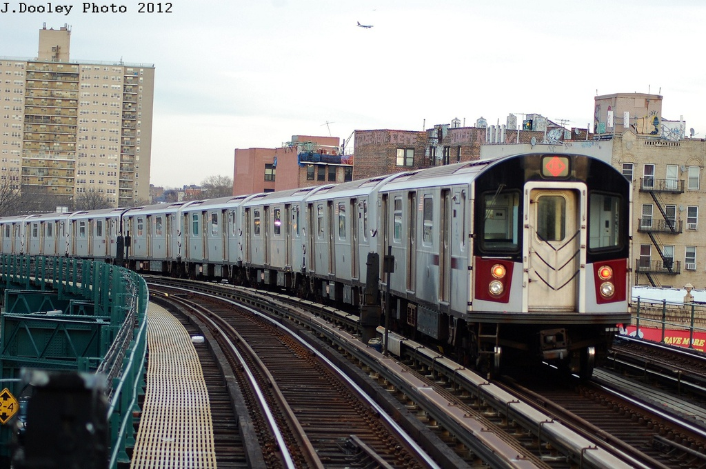 (340k, 1024x680)<br><b>Country:</b> United States<br><b>City:</b> New York<br><b>System:</b> New York City Transit<br><b>Line:</b> IRT Pelham Line<br><b>Location:</b> Elder Avenue <br><b>Route:</b> 6<br><b>Car:</b> R-142A (Primary Order, Kawasaki, 1999-2002)  7580 <br><b>Photo by:</b> John Dooley<br><b>Date:</b> 2/22/2012<br><b>Viewed (this week/total):</b> 8 / 267