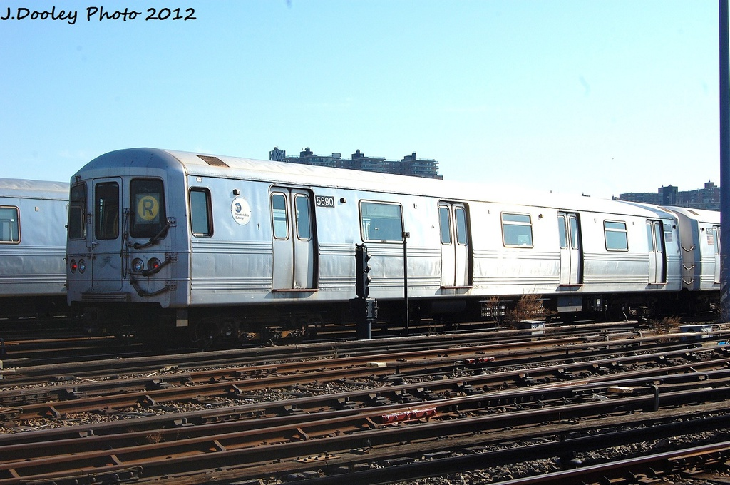 (318k, 1024x680)<br><b>Country:</b> United States<br><b>City:</b> New York<br><b>System:</b> New York City Transit<br><b>Location:</b> Coney Island Yard<br><b>Car:</b> R-46 (Pullman-Standard, 1974-75) 5690 <br><b>Photo by:</b> John Dooley<br><b>Date:</b> 1/7/2012<br><b>Viewed (this week/total):</b> 0 / 305