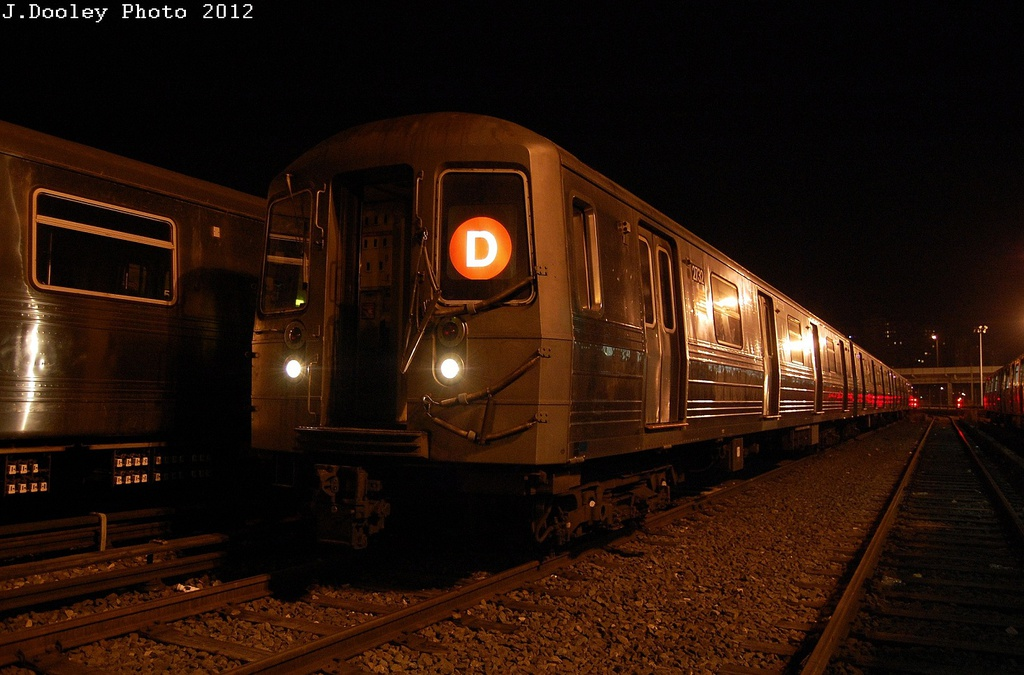 (291k, 1024x675)<br><b>Country:</b> United States<br><b>City:</b> New York<br><b>System:</b> New York City Transit<br><b>Location:</b> Coney Island Yard<br><b>Car:</b> R-68 (Westinghouse-Amrail, 1986-1988)  2732 <br><b>Photo by:</b> John Dooley<br><b>Date:</b> 2/23/2012<br><b>Viewed (this week/total):</b> 3 / 258