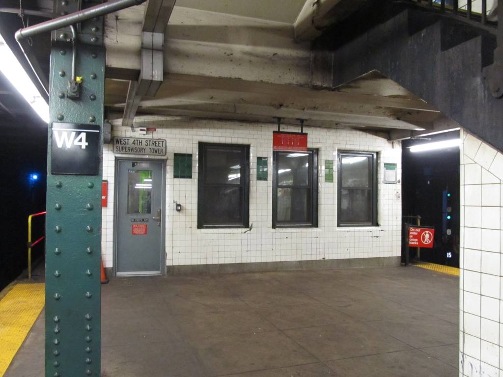(108k, 1024x768)<br><b>Country:</b> United States<br><b>City:</b> New York<br><b>System:</b> New York City Transit<br><b>Line:</b> IND 8th Avenue Line<br><b>Location:</b> West 4th Street/Washington Square <br><b>Photo by:</b> Robbie Rosenfeld<br><b>Date:</b> 8/13/2012<br><b>Notes:</b> Tower.<br><b>Viewed (this week/total):</b> 1 / 503