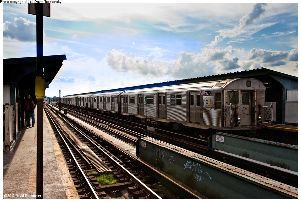 (399k, 1044x702)<br><b>Country:</b> United States<br><b>City:</b> New York<br><b>System:</b> New York City Transit<br><b>Line:</b> IND Fulton Street Line<br><b>Location:</b> Rockaway Boulevard <br><b>Route:</b> A<br><b>Car:</b> R-32 (Budd, 1964)  3876 <br><b>Photo by:</b> David Tropiansky<br><b>Date:</b> 7/27/2012<br><b>Viewed (this week/total):</b> 0 / 462