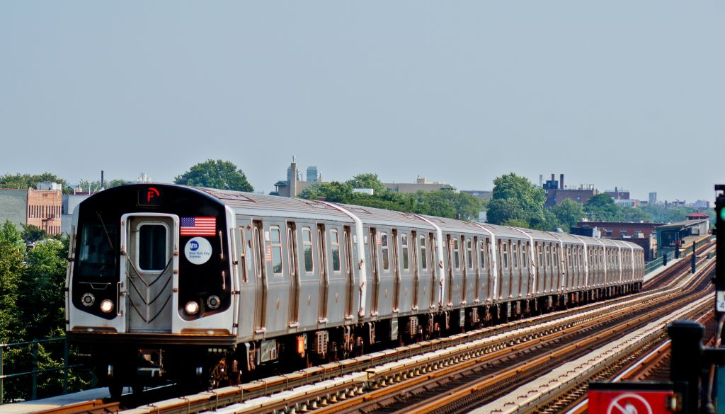 (134k, 1024x585)<br><b>Country:</b> United States<br><b>City:</b> New York<br><b>System:</b> New York City Transit<br><b>Line:</b> BMT Culver Line<br><b>Location:</b> Bay Parkway (22nd Avenue) <br><b>Route:</b> F<br><b>Car:</b> R-160A (Option 1) (Alstom, 2008-2009, 5 car sets)  9492 <br><b>Photo by:</b> Robert Fein<br><b>Date:</b> 6/21/2012<br><b>Viewed (this week/total):</b> 0 / 446