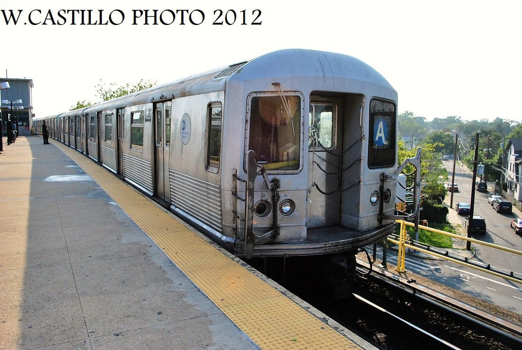 (326k, 1024x687)<br><b>Country:</b> United States<br><b>City:</b> New York<br><b>System:</b> New York City Transit<br><b>Line:</b> IND Rockaway<br><b>Location:</b> Mott Avenue/Far Rockaway <br><b>Route:</b> A<br><b>Car:</b> R-42 (St. Louis, 1969-1970)  4828 <br><b>Photo by:</b> Wilfredo Castillo<br><b>Date:</b> 7/26/2012<br><b>Viewed (this week/total):</b> 0 / 200