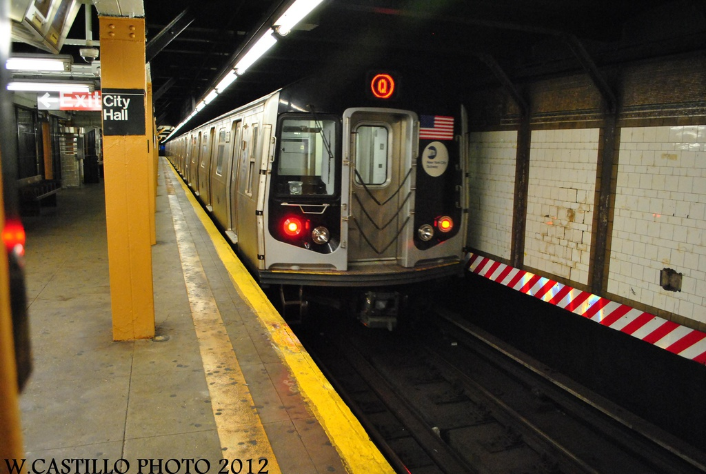 (284k, 1024x687)<br><b>Country:</b> United States<br><b>City:</b> New York<br><b>System:</b> New York City Transit<br><b>Line:</b> BMT Broadway Line<br><b>Location:</b> City Hall <br><b>Route:</b> Q<br><b>Car:</b> R-160B (Kawasaki, 2005-2008)  8838 <br><b>Photo by:</b> Wilfredo Castillo<br><b>Date:</b> 8/18/2012<br><b>Viewed (this week/total):</b> 0 / 705