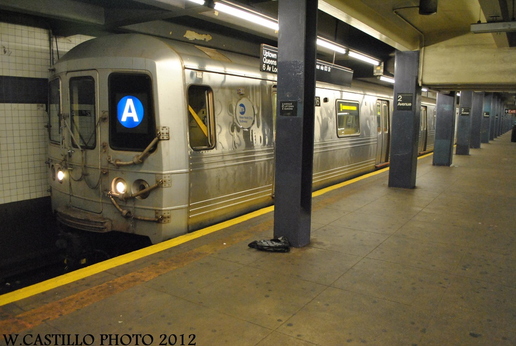 (274k, 1024x687)<br><b>Country:</b> United States<br><b>City:</b> New York<br><b>System:</b> New York City Transit<br><b>Line:</b> IND 6th Avenue Line<br><b>Location:</b> 2nd Avenue <br><b>Route:</b> A reroute<br><b>Car:</b> R-46 (Pullman-Standard, 1974-75) 6016 <br><b>Photo by:</b> Wilfredo Castillo<br><b>Date:</b> 8/23/2012<br><b>Viewed (this week/total):</b> 0 / 183