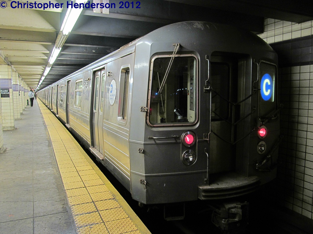 (272k, 1024x768)<br><b>Country:</b> United States<br><b>City:</b> New York<br><b>System:</b> New York City Transit<br><b>Line:</b> IND Fulton Street Line<br><b>Location:</b> Euclid Avenue <br><b>Route:</b> C<br><b>Car:</b> R-68A (Kawasaki, 1988-1989)  5086 <br><b>Photo by:</b> Christopher Henderson<br><b>Date:</b> 9/29/2012<br><b>Viewed (this week/total):</b> 0 / 1605