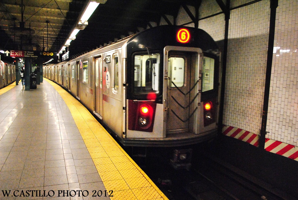 (344k, 1024x687)<br><b>Country:</b> United States<br><b>City:</b> New York<br><b>System:</b> New York City Transit<br><b>Line:</b> IRT East Side Line<br><b>Location:</b> 14th Street/Union Square <br><b>Route:</b> 6<br><b>Car:</b> R-142A (Primary Order, Kawasaki, 1999-2002)  7281 <br><b>Photo by:</b> Wilfredo Castillo<br><b>Date:</b> 10/9/2012<br><b>Viewed (this week/total):</b> 1 / 583