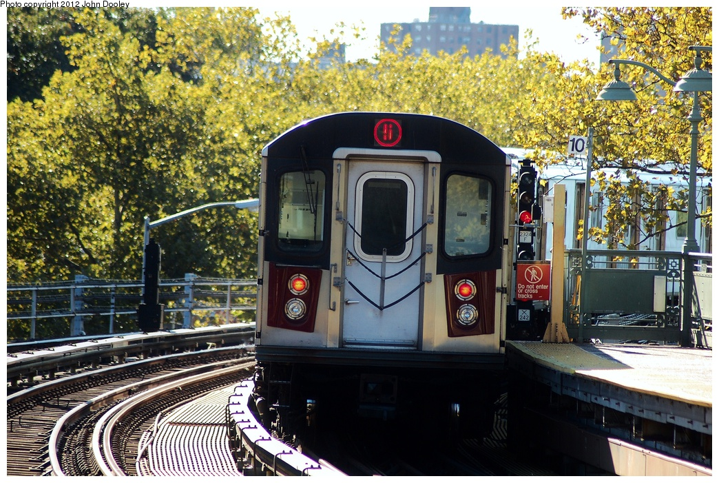 (452k, 1044x701)<br><b>Country:</b> United States<br><b>City:</b> New York<br><b>System:</b> New York City Transit<br><b>Line:</b> IRT White Plains Road Line<br><b>Location:</b> Jackson Avenue <br><b>Route:</b> 5<br><b>Car:</b> R-142 (Primary Order, Bombardier, 1999-2002)   <br><b>Photo by:</b> John Dooley<br><b>Date:</b> 10/11/2012<br><b>Viewed (this week/total):</b> 0 / 335