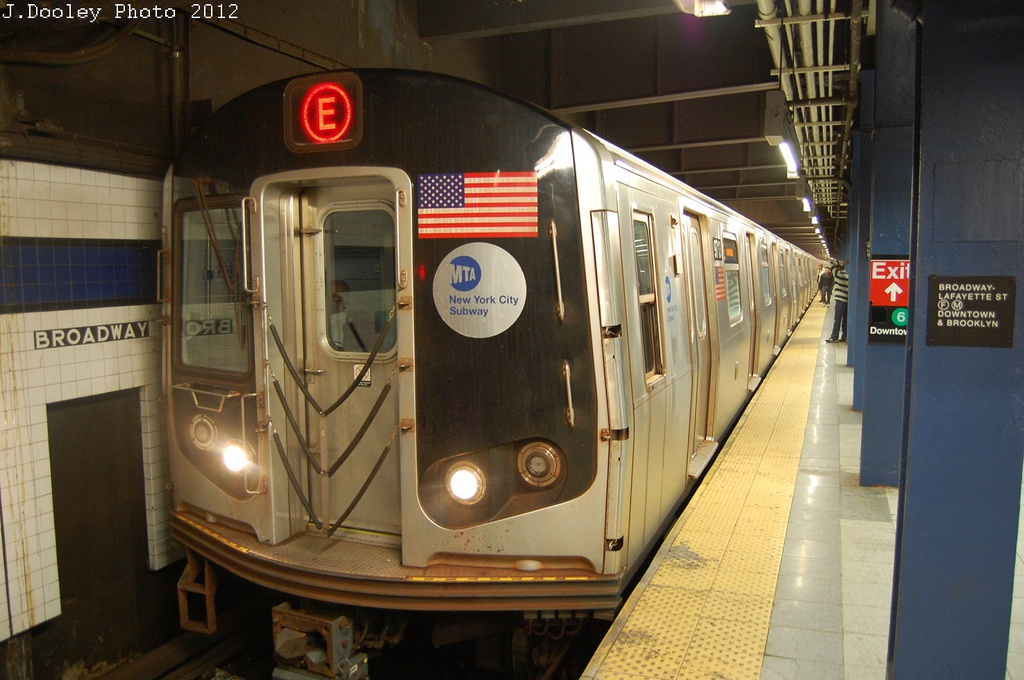 (291k, 1024x680)<br><b>Country:</b> United States<br><b>City:</b> New York<br><b>System:</b> New York City Transit<br><b>Line:</b> IND 6th Avenue Line<br><b>Location:</b> Broadway/Lafayette <br><b>Route:</b> E reroute<br><b>Car:</b> R-160A (Option 2) (Alstom, 2009, 5-car sets)  9713 <br><b>Photo by:</b> John Dooley<br><b>Date:</b> 10/22/2012<br><b>Viewed (this week/total):</b> 0 / 234