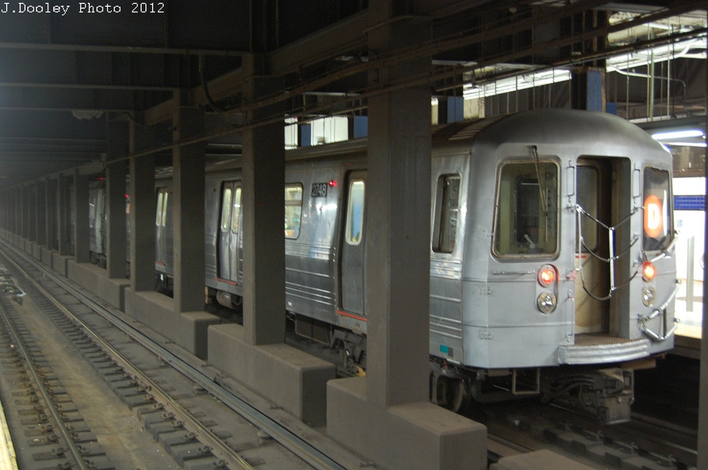 (252k, 1024x680)<br><b>Country:</b> United States<br><b>City:</b> New York<br><b>System:</b> New York City Transit<br><b>Line:</b> IND 6th Avenue Line<br><b>Location:</b> Broadway/Lafayette <br><b>Route:</b> D<br><b>Car:</b> R-68 (Westinghouse-Amrail, 1986-1988)  2748 <br><b>Photo by:</b> John Dooley<br><b>Date:</b> 10/22/2012<br><b>Viewed (this week/total):</b> 9 / 667