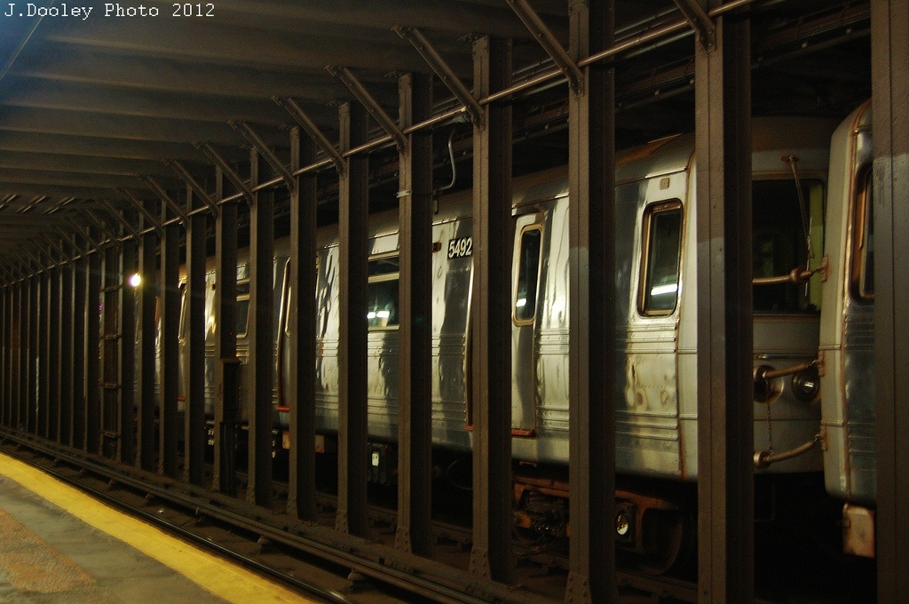 (302k, 1024x680)<br><b>Country:</b> United States<br><b>City:</b> New York<br><b>System:</b> New York City Transit<br><b>Line:</b> BMT 4th Avenue<br><b>Location:</b> 53rd Street <br><b>Route:</b> Layup<br><b>Car:</b> R-46 (Pullman-Standard, 1974-75) 5492 <br><b>Photo by:</b> John Dooley<br><b>Date:</b> 11/1/2012<br><b>Notes:</b> Hurricane Sandy layup<br><b>Viewed (this week/total):</b> 0 / 329