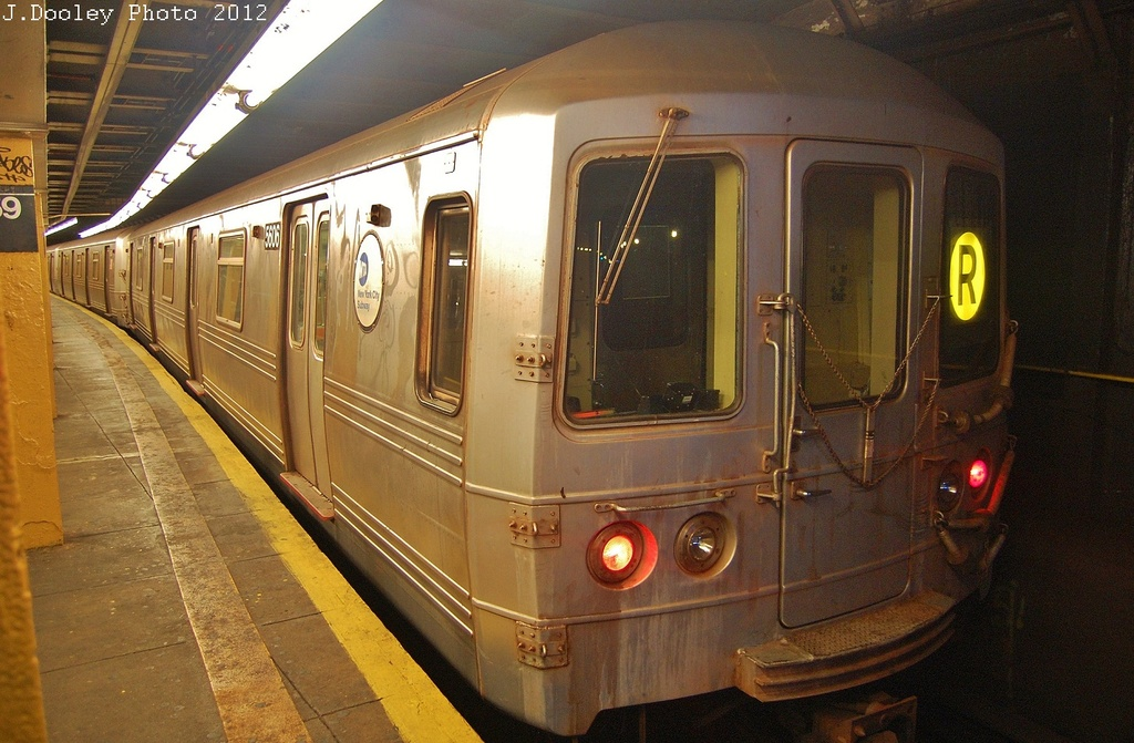(334k, 1024x671)<br><b>Country:</b> United States<br><b>City:</b> New York<br><b>System:</b> New York City Transit<br><b>Line:</b> BMT 4th Avenue<br><b>Location:</b> 59th Street <br><b>Route:</b> Layup<br><b>Car:</b> R-46 (Pullman-Standard, 1974-75) 5606 <br><b>Photo by:</b> John Dooley<br><b>Date:</b> 11/1/2012<br><b>Notes:</b> Hurricane Sandy layup<br><b>Viewed (this week/total):</b> 3 / 283