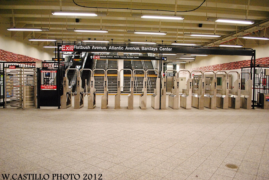 (359k, 1024x687)<br><b>Country:</b> United States<br><b>City:</b> New York<br><b>System:</b> New York City Transit<br><b>Line:</b> IRT Brooklyn Line<br><b>Location:</b> Atlantic Avenue <br><b>Photo by:</b> Wilfredo Castillo<br><b>Date:</b> 10/22/2012<br><b>Viewed (this week/total):</b> 1 / 327
