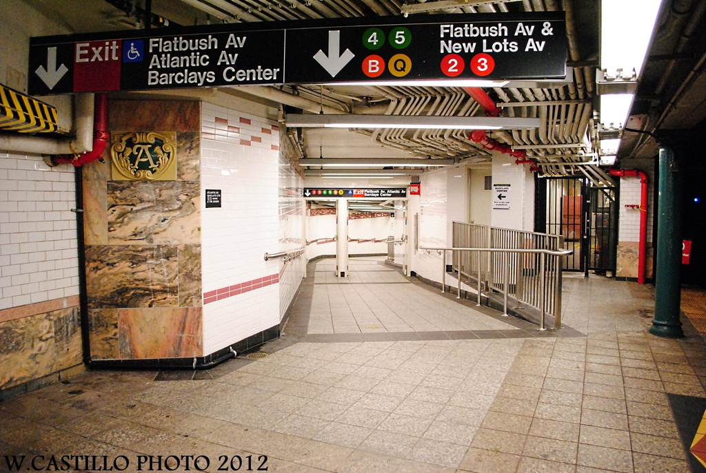 (362k, 1024x687)<br><b>Country:</b> United States<br><b>City:</b> New York<br><b>System:</b> New York City Transit<br><b>Line:</b> IRT Brooklyn Line<br><b>Location:</b> Atlantic Avenue <br><b>Photo by:</b> Wilfredo Castillo<br><b>Date:</b> 10/22/2012<br><b>Viewed (this week/total):</b> 2 / 908