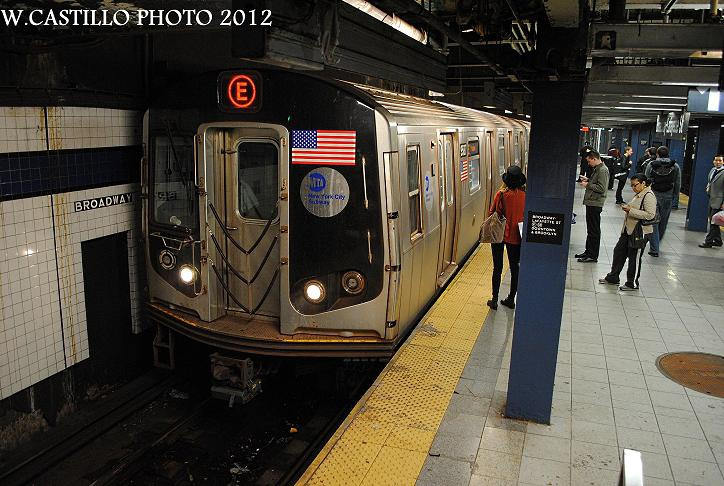 (139k, 724x486)<br><b>Country:</b> United States<br><b>City:</b> New York<br><b>System:</b> New York City Transit<br><b>Line:</b> IND 6th Avenue Line<br><b>Location:</b> Broadway/Lafayette <br><b>Route:</b> E reroute<br><b>Car:</b> R-160A (Option 1) (Alstom, 2008-2009, 5 car sets)  9587 <br><b>Photo by:</b> Wilfredo Castillo<br><b>Date:</b> 10/22/2012<br><b>Viewed (this week/total):</b> 0 / 453
