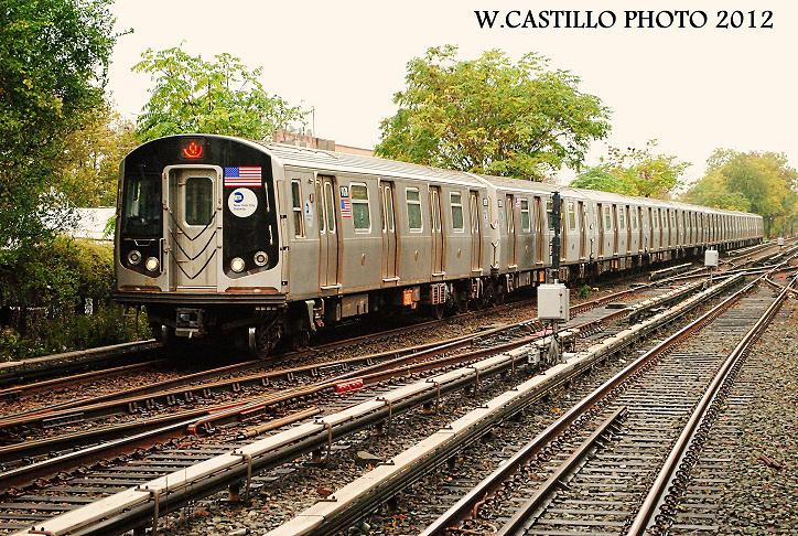 (226k, 724x486)<br><b>Country:</b> United States<br><b>City:</b> New York<br><b>System:</b> New York City Transit<br><b>Line:</b> BMT Brighton Line<br><b>Location:</b> Kings Highway <br><b>Route:</b> Q<br><b>Car:</b> R-160B (Option 1) (Kawasaki, 2008-2009)  9178 <br><b>Photo by:</b> Wilfredo Castillo<br><b>Date:</b> 10/19/2012<br><b>Viewed (this week/total):</b> 2 / 474