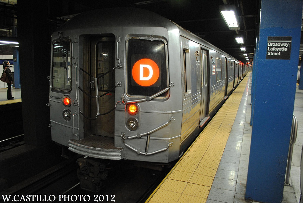 (283k, 1024x687)<br><b>Country:</b> United States<br><b>City:</b> New York<br><b>System:</b> New York City Transit<br><b>Line:</b> IND 6th Avenue Line<br><b>Location:</b> Broadway/Lafayette <br><b>Route:</b> D<br><b>Car:</b> R-68 (Westinghouse-Amrail, 1986-1988)  2748 <br><b>Photo by:</b> Wilfredo Castillo<br><b>Date:</b> 10/22/2012<br><b>Viewed (this week/total):</b> 1 / 265