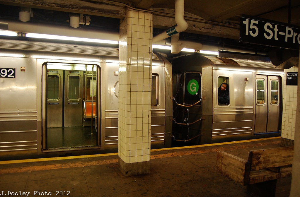 (327k, 1024x673)<br><b>Country:</b> United States<br><b>City:</b> New York<br><b>System:</b> New York City Transit<br><b>Line:</b> IND Crosstown Line<br><b>Location:</b> 15th Street/Prospect Park <br><b>Route:</b> G<br><b>Car:</b> R-68 (Westinghouse-Amrail, 1986-1988)  2792 <br><b>Photo by:</b> John Dooley<br><b>Date:</b> 11/7/2012<br><b>Viewed (this week/total):</b> 0 / 611